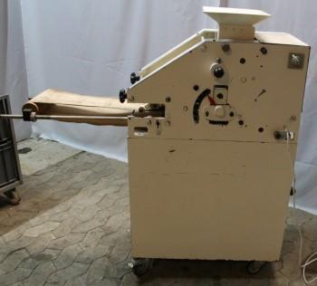 ماكينة قولبة بسكويت سبيكولوس من يانسن FM 125