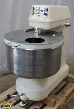 ماكينة عجن حلزونية Kemper SPL 50